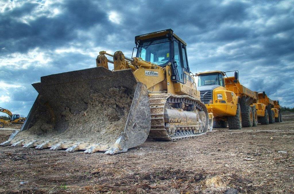 Wynajem sprzętu budowlanego | koparki, samochody ciężarowe